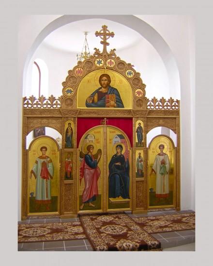 Иконостас в Храме в честь Святителя Николая